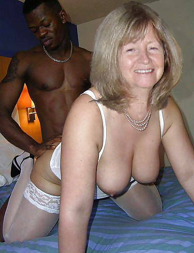She loves new cock in her cheating pussy 4