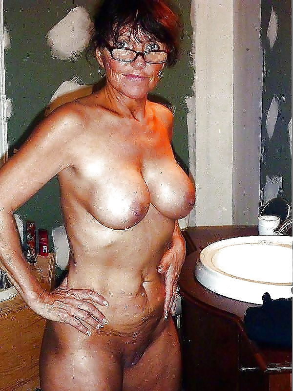 mature and milf pictures gilf gold