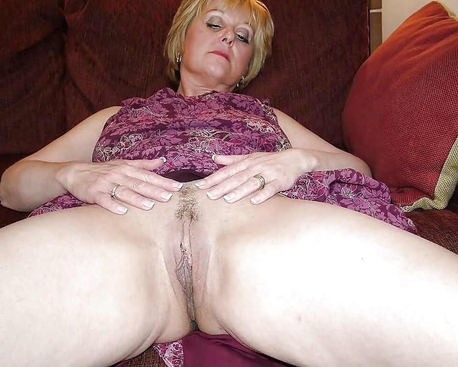 Gold Mature Gallery 6
