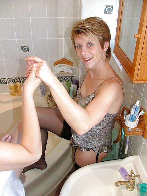 Mature Milf Pictures Bath 55