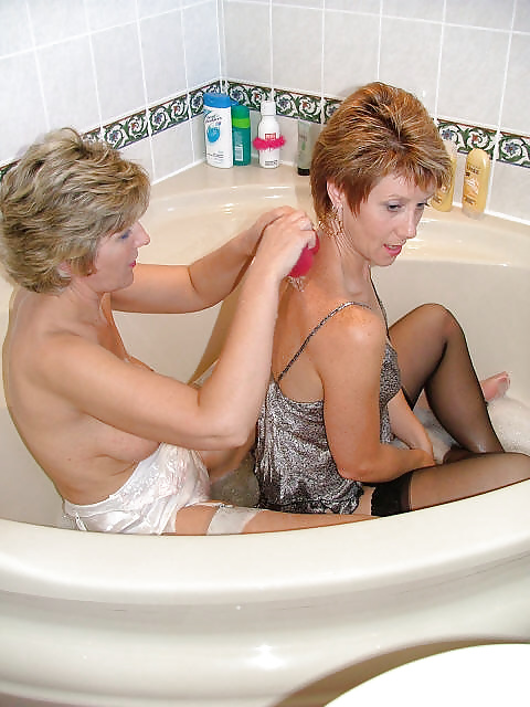 Mature Milf Pictures Bath 46