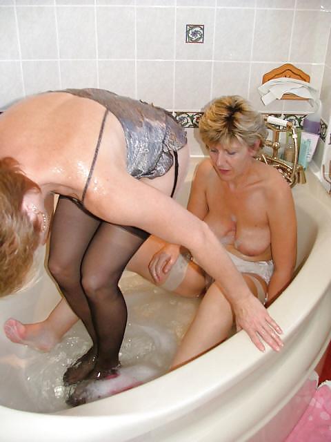 milf bath